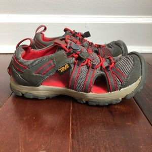 TEVA Closed Toe Sport Water Sandal Gray Red